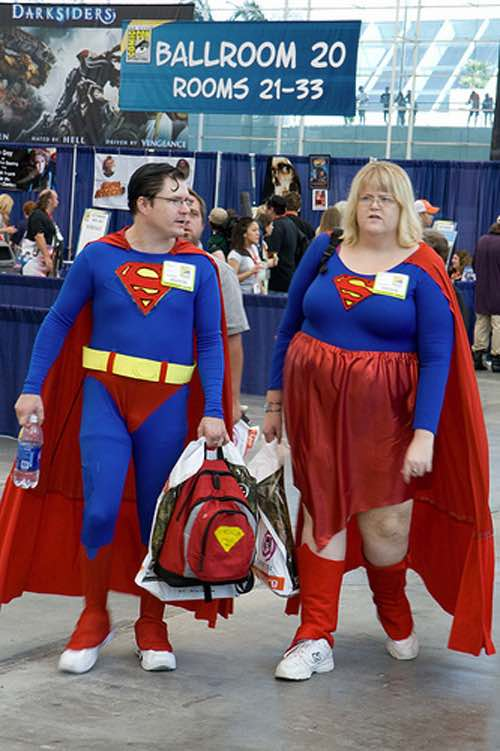 Superman e Supergirl Cosplay