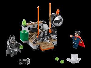 LEGO 76044 Batman V Superman immagine del set costruito