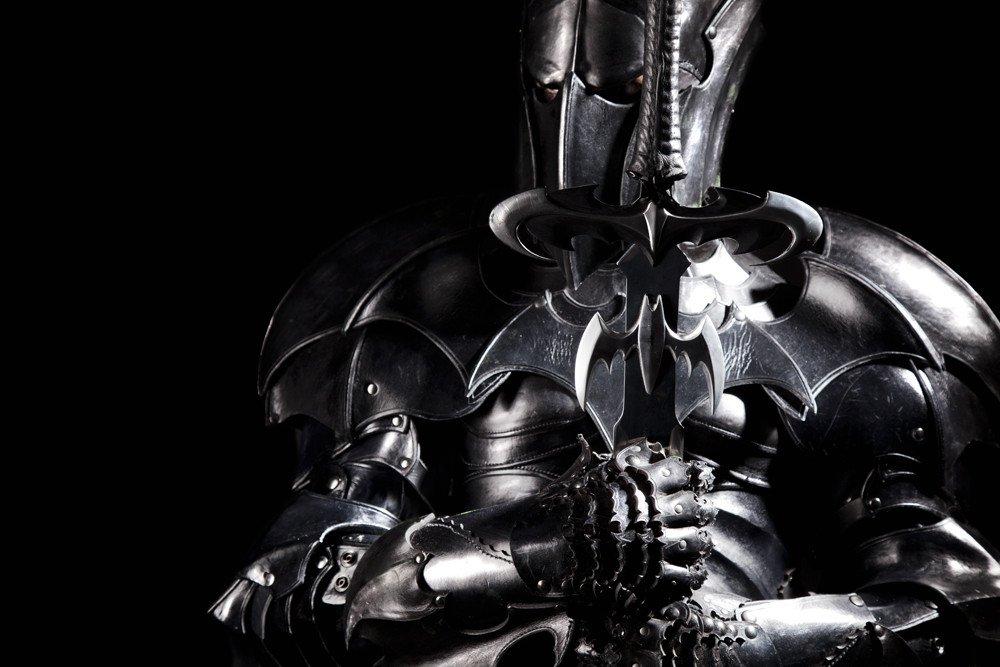 armatura Batman medievale Carlos Blanchard