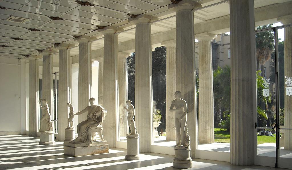 Colonnato Neodorico Villa pignatelli napoli