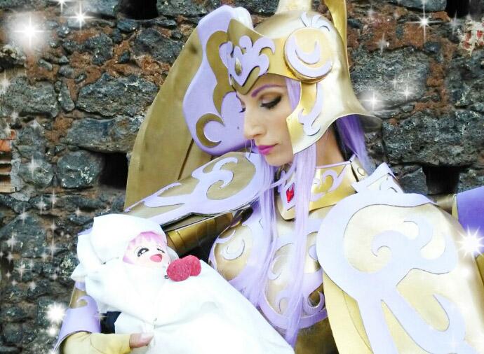 athena saint seiya cosplay maternità