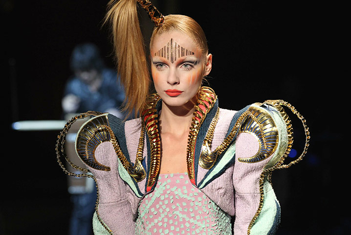 manish arora moulage
