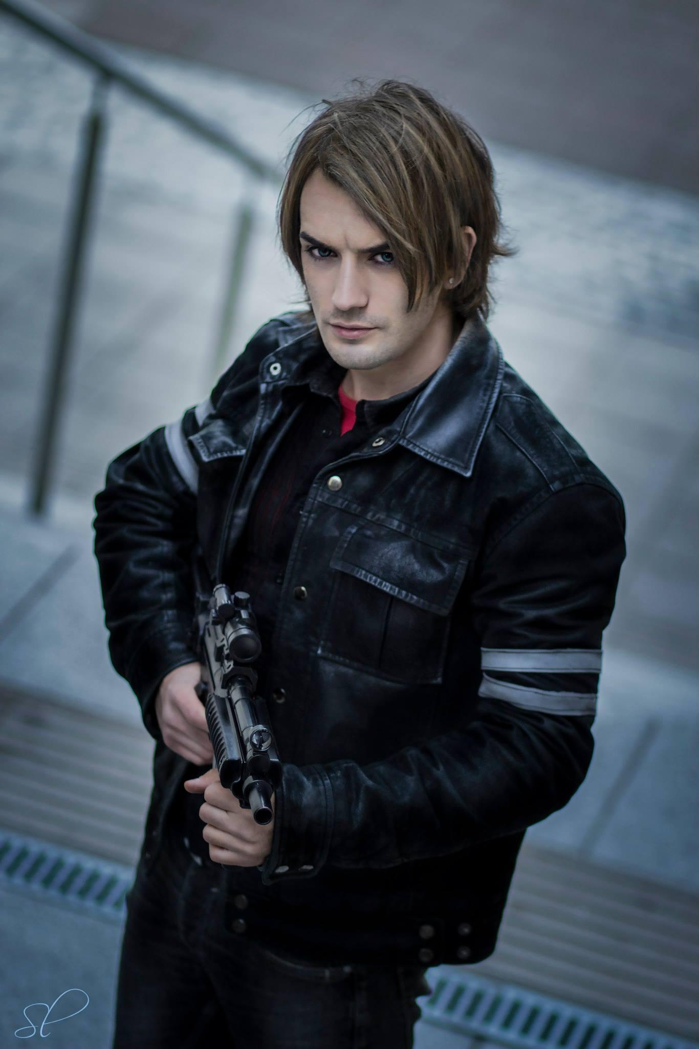 Resident Evil 7 - Leon Chiro cosplay